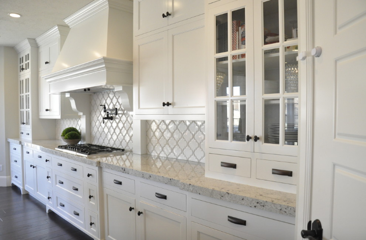 Beveled Arabesque Kitchen
