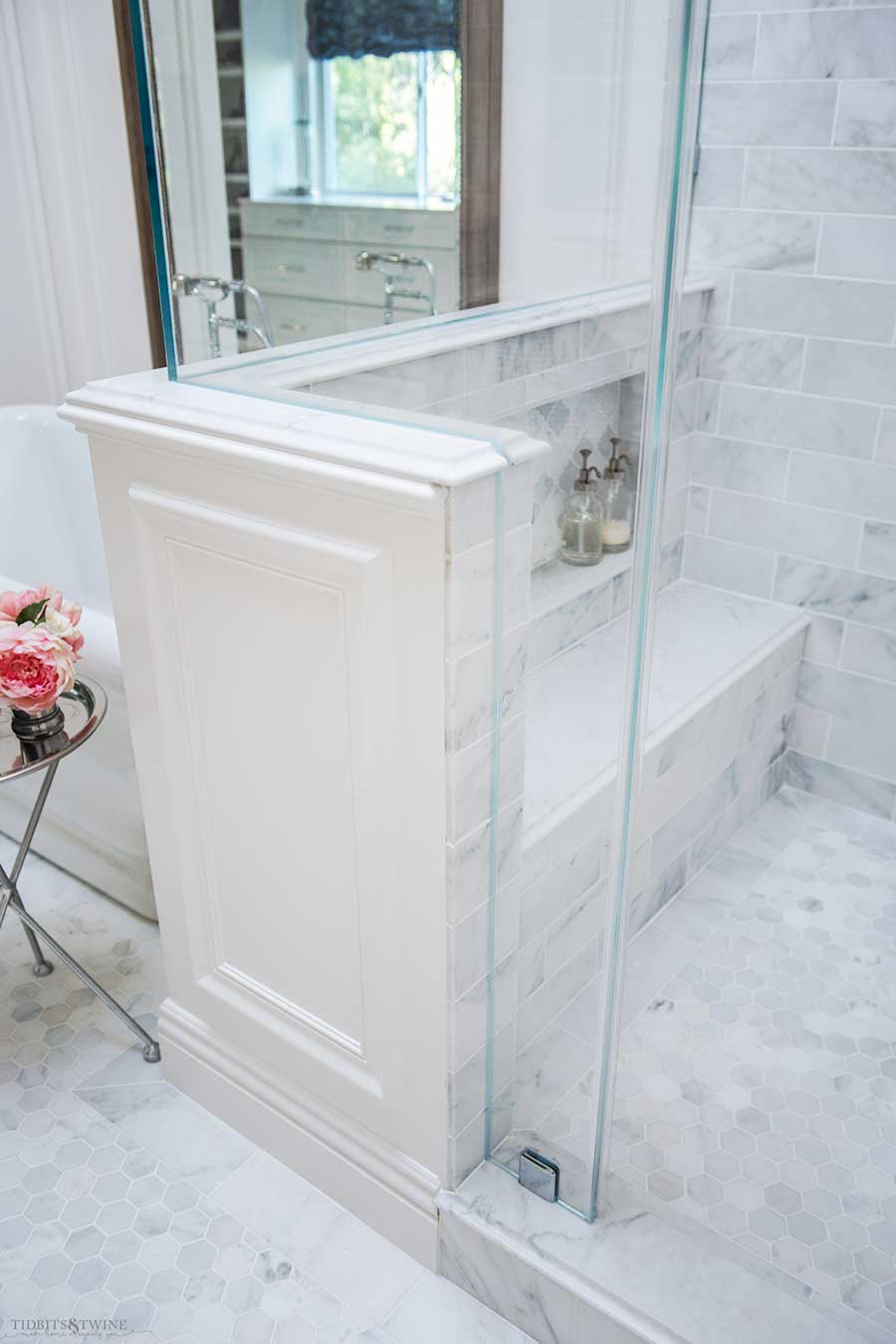 Carrara Shower wall